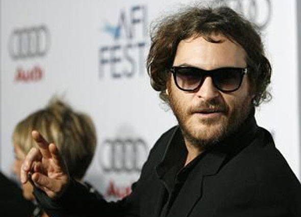 joaquin phoenix trying to be cool backfires