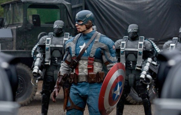 New Captain America: The First Avenger movie suit vs classic comic suit