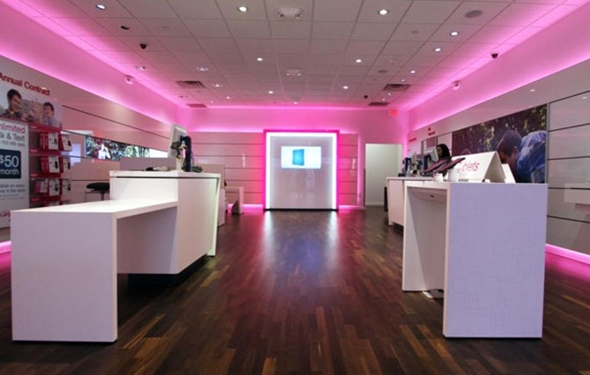 T-Mobile Continues to Win Over Customers and Cause Problems for Other Carriers
